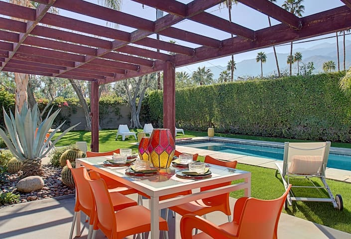 Awesome Views, Fun in the Sun at Private Oasis! - Palm Springs - Casa