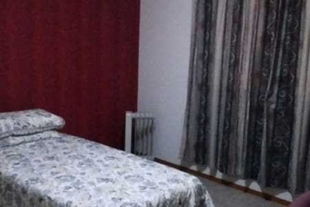 Double room comfortable single bed - Invercargill - Casa