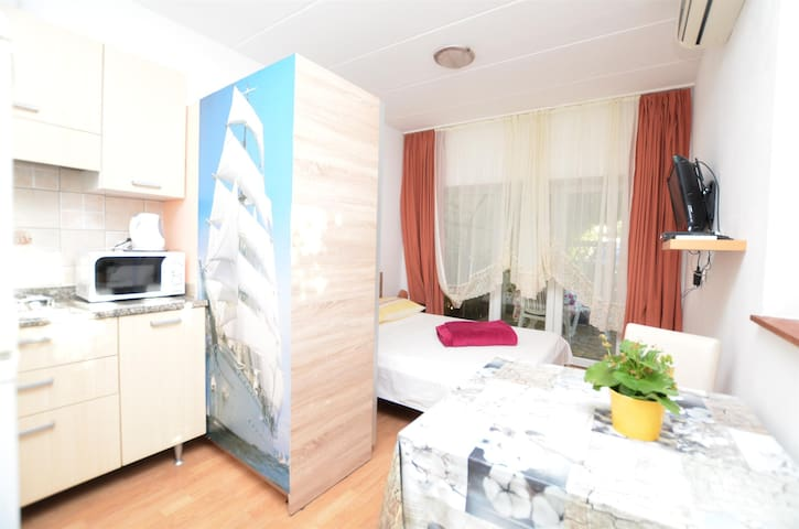 Studio Apartment, in Stinjan (Pula), Terrace