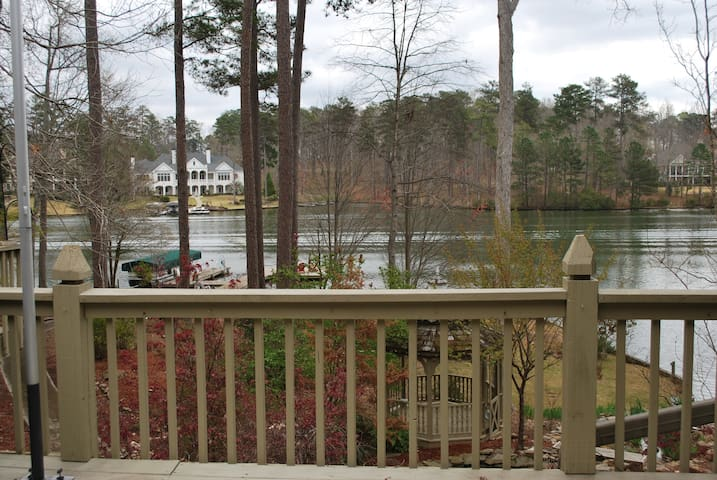 Lake Oconee Home with Incredible Views! - Lake Oconee