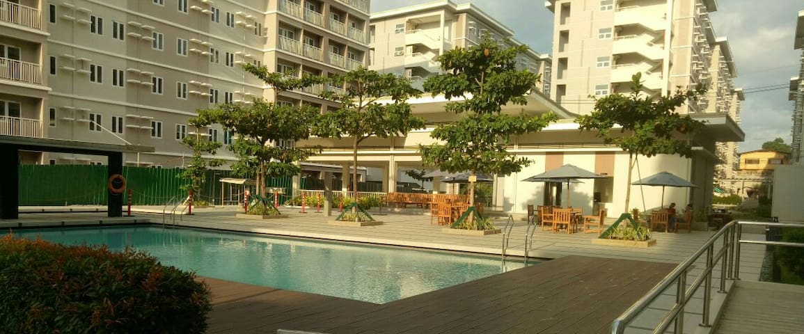 1BR with Balcony at SMDC Trees Residences