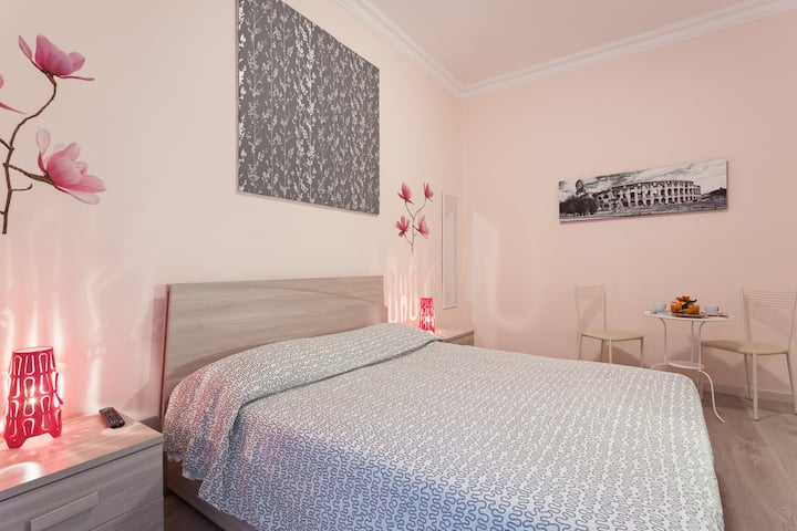 Romantic Room: San Giovanni Rooms Roma