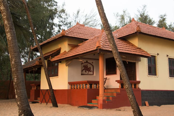 Udupi Homestay: Serene Beachside Stay 01