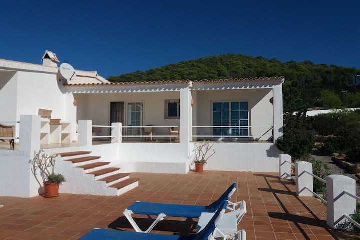 Gemütliches Ferienhaus auf Ibiza mit privatem Pool