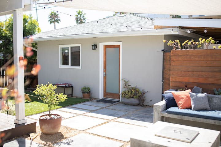 Modern Culver City Guest House