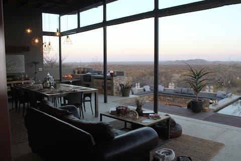 /Nom Lodge & Safari