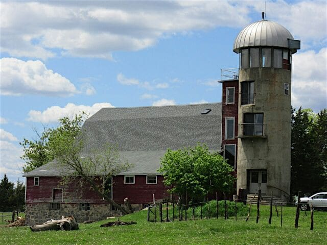 The Silo - A rustic farmstay