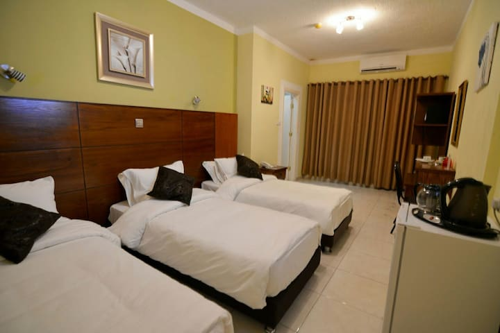 Triple Room ( 3  Beds )