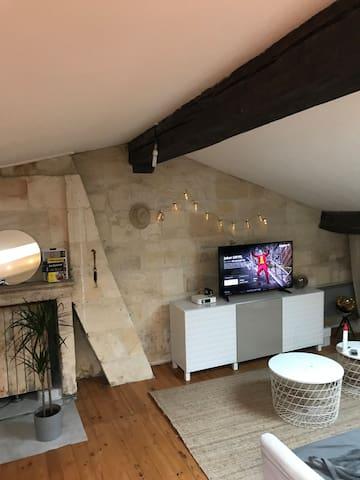 Loft à 60 m² plein de centres Bordeaux