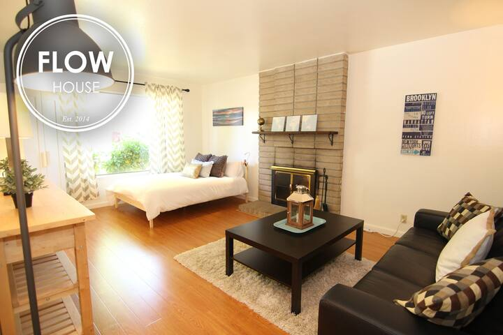 FLOW HOUSE ROOMS: Brooklyn Room - Sunnyvale