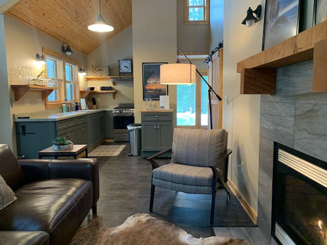 Northwoods Chalet | NEW Northwoods Modern Chic