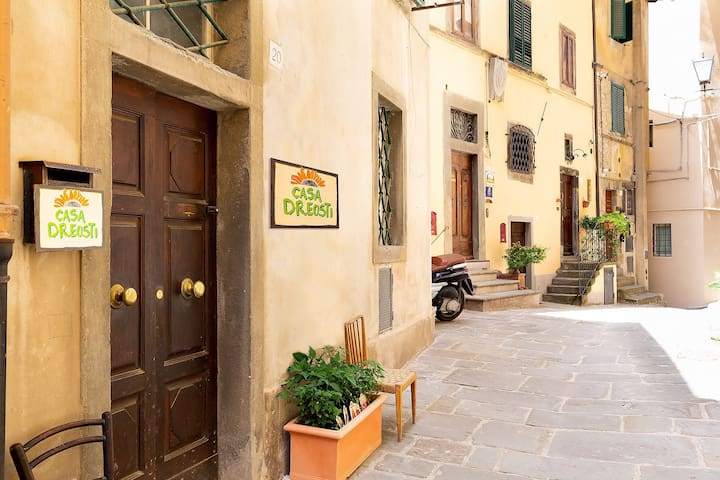 Casa Dreosti.  Boutique Guesthouse in Cortona