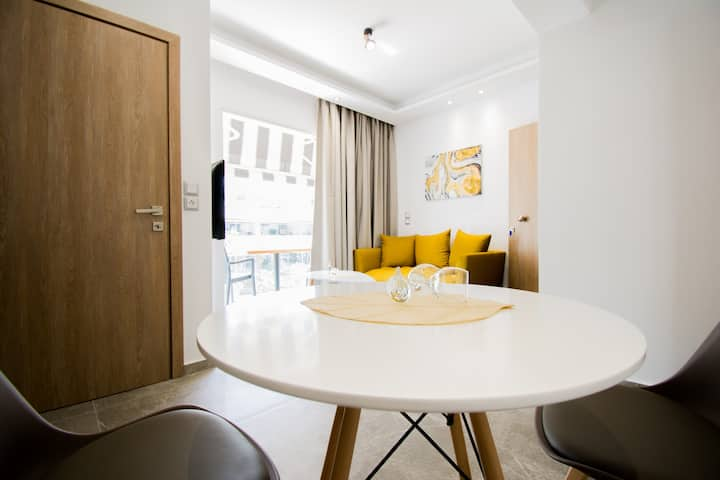 Semes Luxury Apartments (1bdr) by Checkin