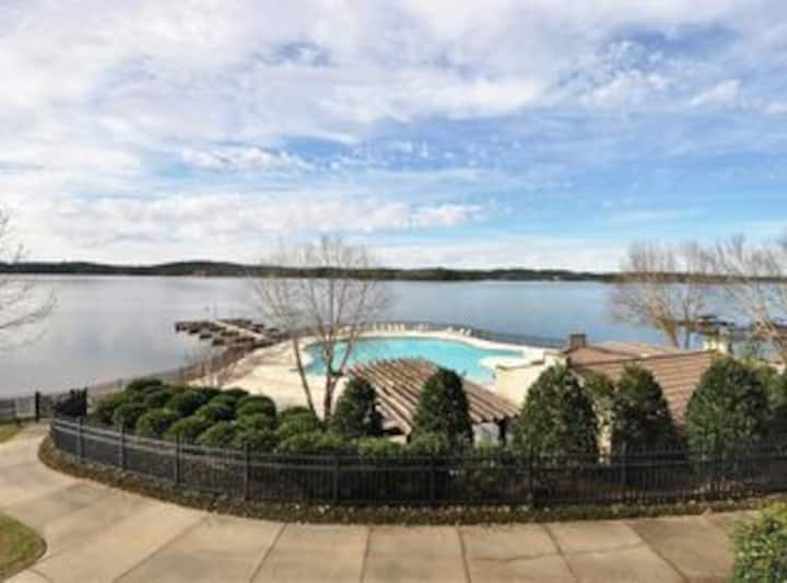 Lake Martin AL Condo with the Best Sunset views.