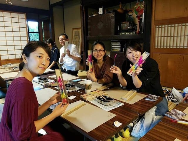 """An event at my parent's house nearby   in 2018.  Japanese traditional sparkler """"線香花火"""" workshop."""