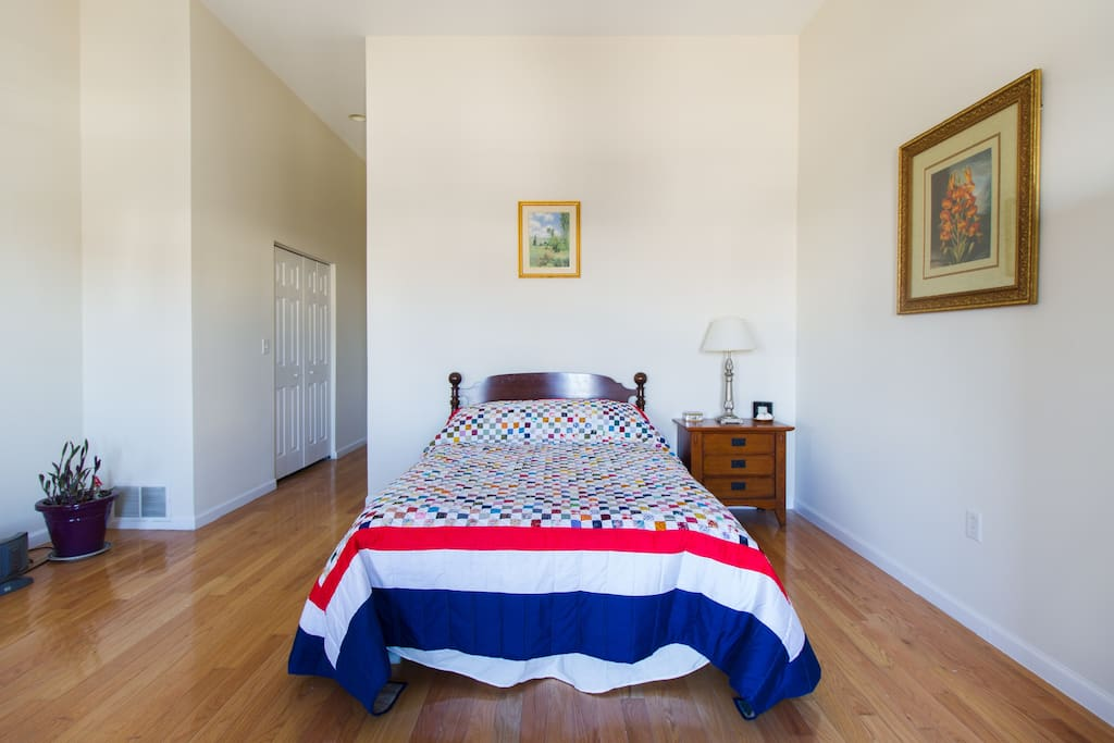 The bedroom is totally private, separated from the rest of your third floor suite by a small hallway, and includes a new Queen-sized memory foam mattress with a handmade quilt from Lancaster County, PA.