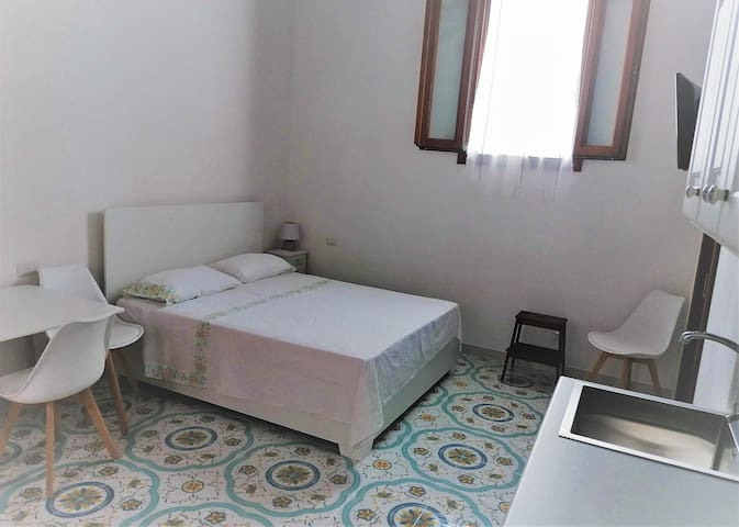 Malvasia b & b: Studio in the center of Lipari