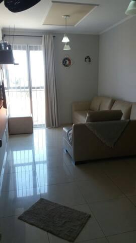 Apartamento completo com garagem