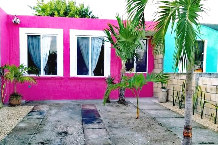 Casa Rosa en Puerto Morelos, Pueblo con Encanto