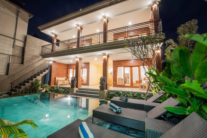 4 BR Private Villa in Ubud