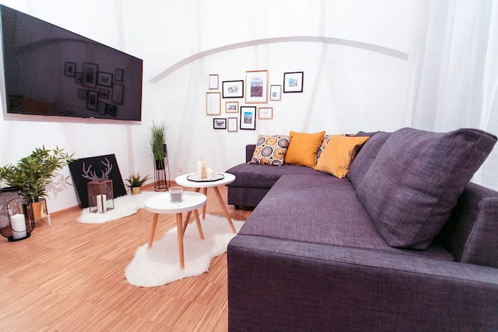 THE STADTPARK cozy Apartment ✫ Metro nearby ✫
