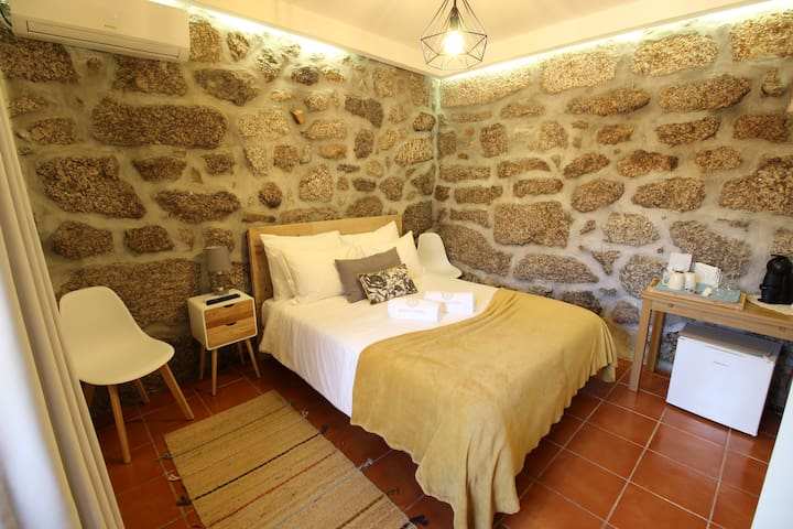 Quarto do Lagar Quinta d'Areda Wine&Pool Experienc