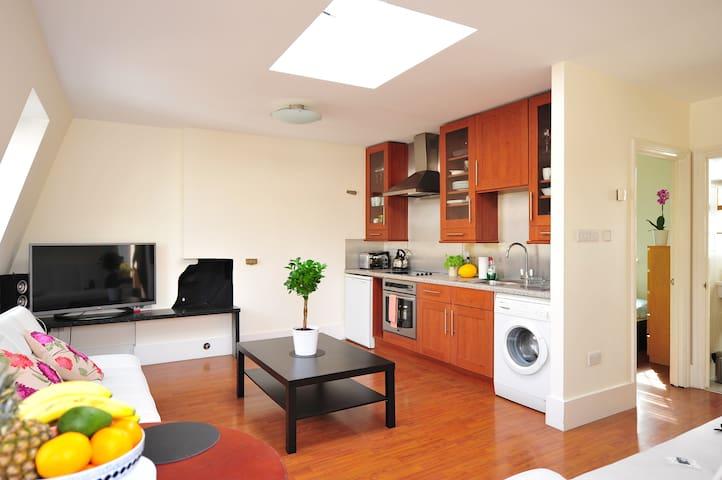 Newly refurbished flat