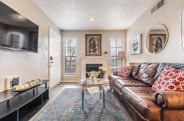 Urban Retreat in North Dallas! 1 Bedroom Suite!