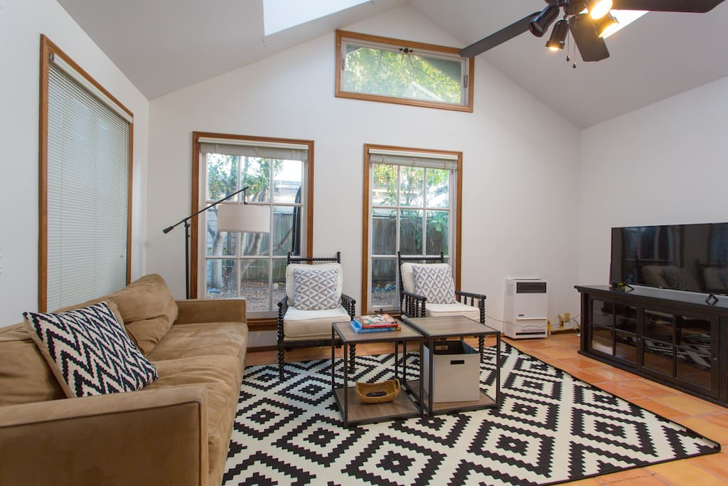 There are 4 skylights that fill the space with great natural light. Soaring ceilings and the ceiling fan make the space airy and comfortable.