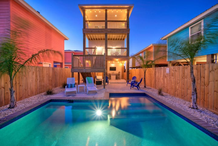 MAKING WAVES *Heated Pool *Old Town Port A *NEW BUILD