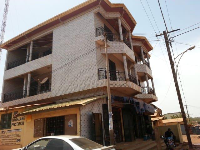 Appartement Centre Ville Labé