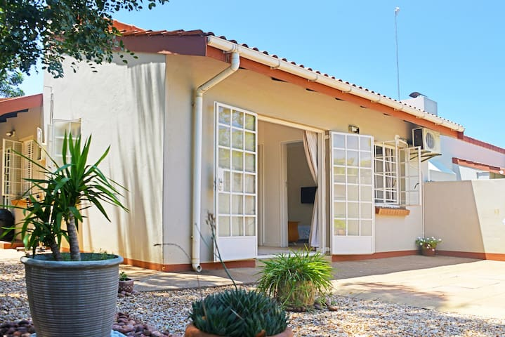 Kgale Cottage - Gaborone