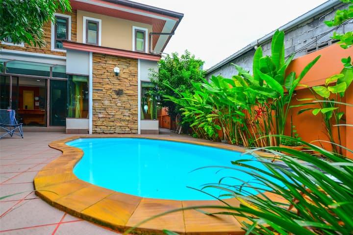 Patong heart Pool Villa [Walk BanglaRd Junceylon]
