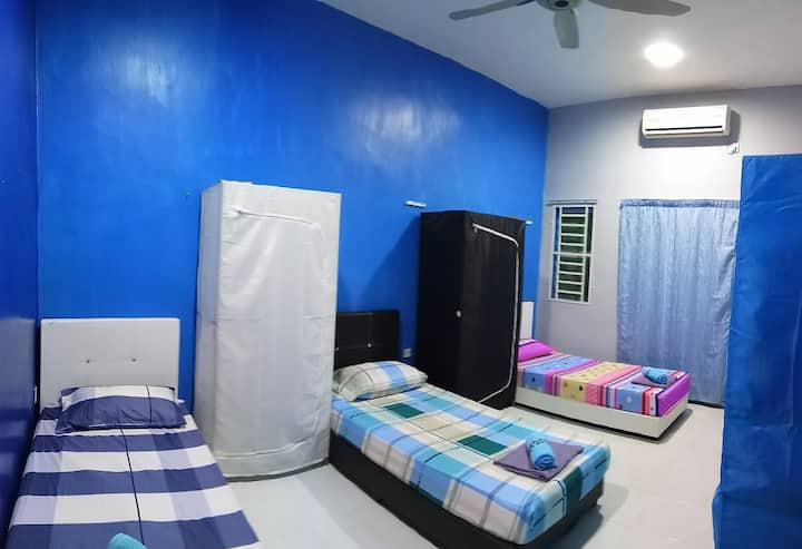 Female room near Stadium Kangar 3 (Aircond room)