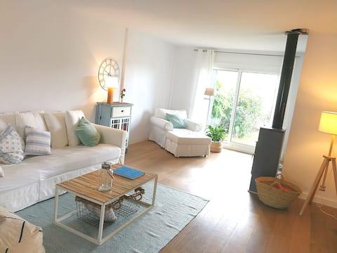 Preciosa casa con Jardin en San Garcia, Algeciras.