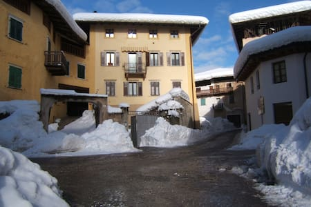 Self-catering in the Italian Alps - Sfruz, Val di Non - Daire