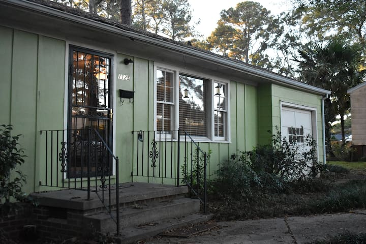 NoFo Bungalow, North Fondren