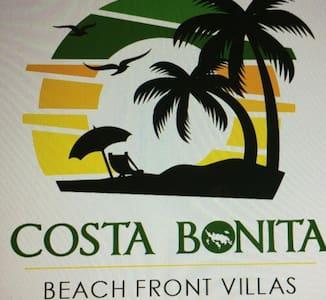 costa Bonita beachfront villas .702 o similar