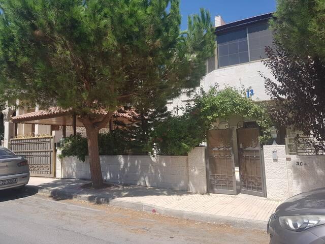 Villa Antonio /  Abdoun area / near Orthodox club.