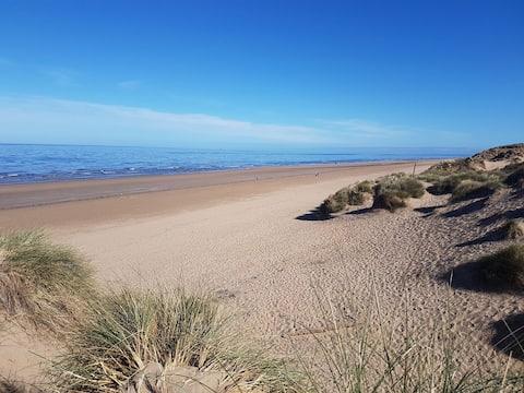 Mukava kohde rannan, Southportin ja Liverpoolin lähellä