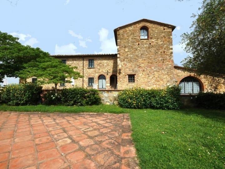 Country House in San Donato in Poggio ID 3715
