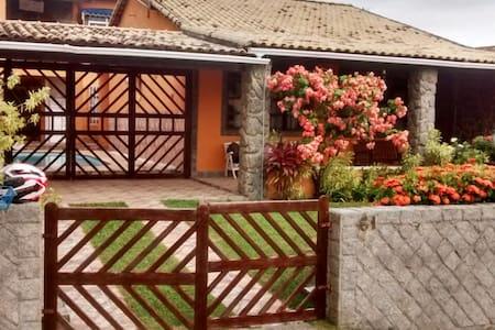 Casa Praia Linda - Condomínio completo!