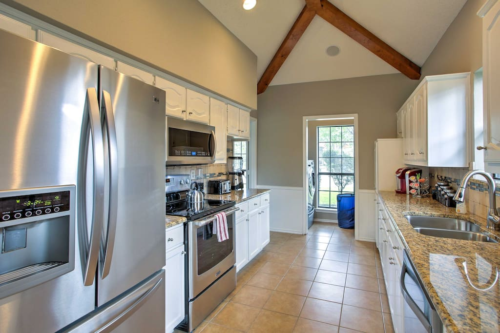 Make delicious home-cooked meals in the fully equipped kitchen.