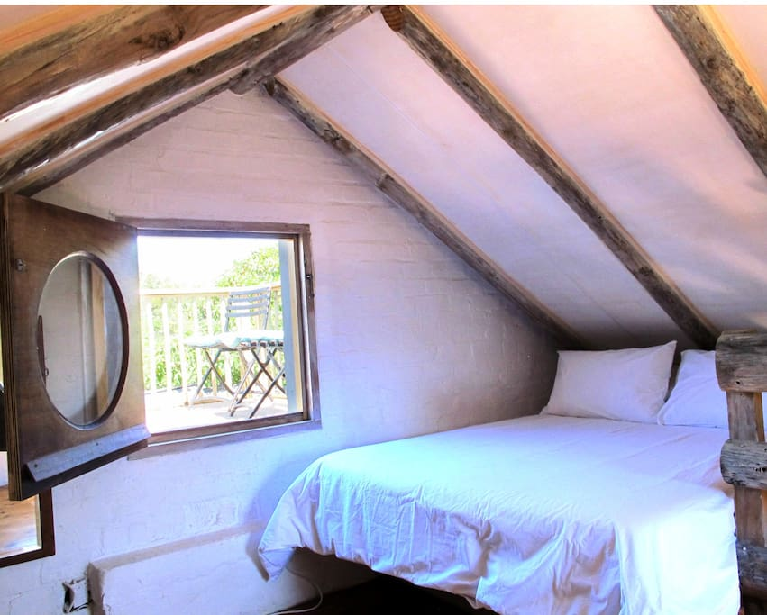 Double bed in the loft bedroom