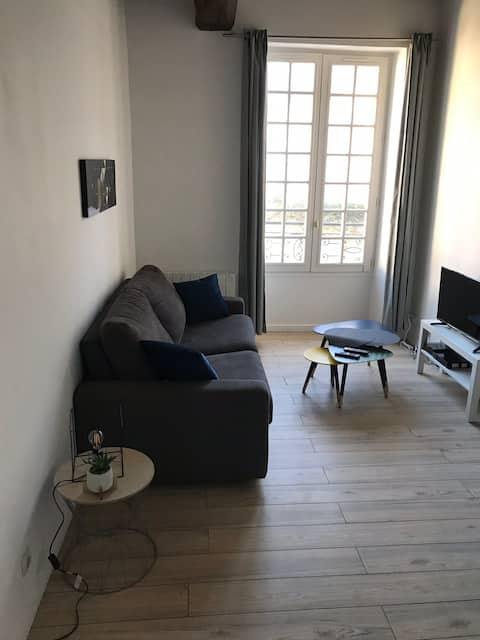 Charmant studio plein centre historique de Senlis