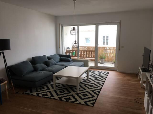 Schöne Zweizimmerwohnung mit Balkon - Ingelheim am Rhein