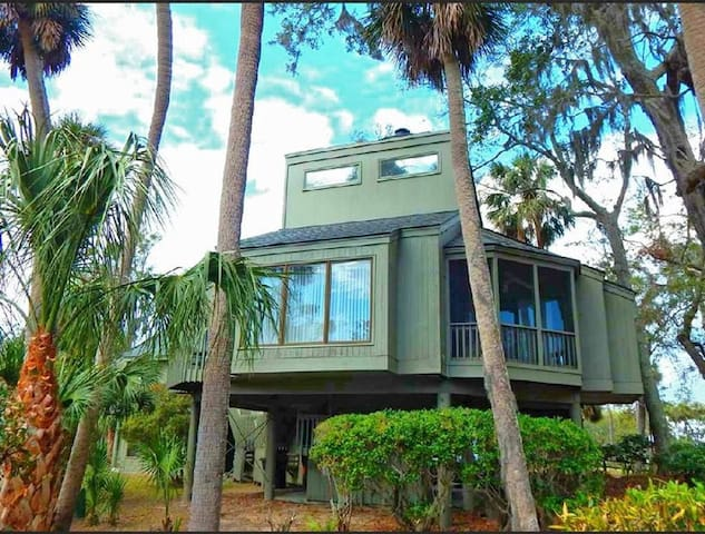 Clean, comfortable, affordable Edisto Cottage