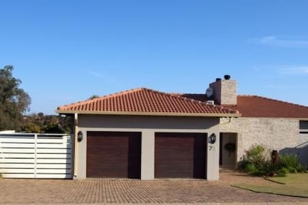 Vaal Luxury 3 bedroom tranquil home