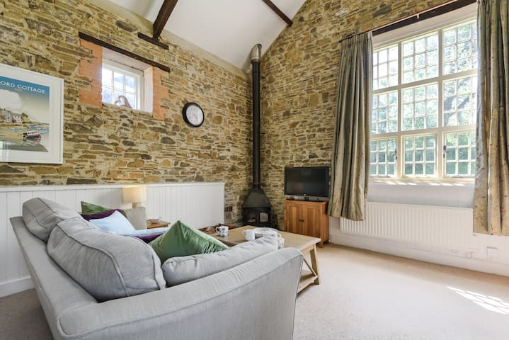 Romantic Rural Retreat! at Stoneleigh Knowle, Bude