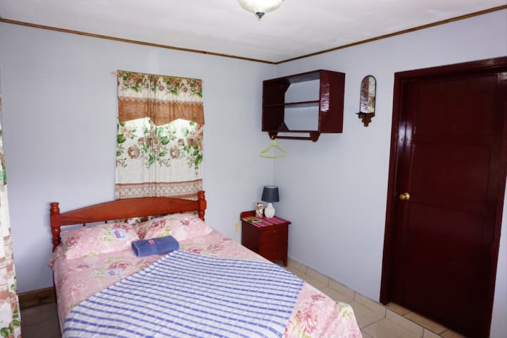 Private Room in San Ignacio Town